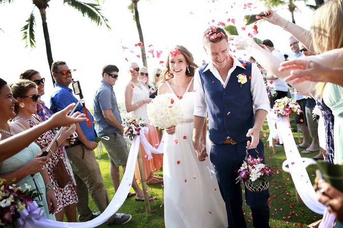 Cinematic wedding videography and wedding photography service in Koh Phuket