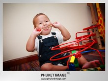 Family photo at JW Marriott Phuket 0009 220x165 Family Photo Shooting JW Marriott Phuket