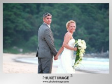 Phuket Wedding Photo 0011 220x165 On the beach wedding at Kata Thani Beach Resort Phuket