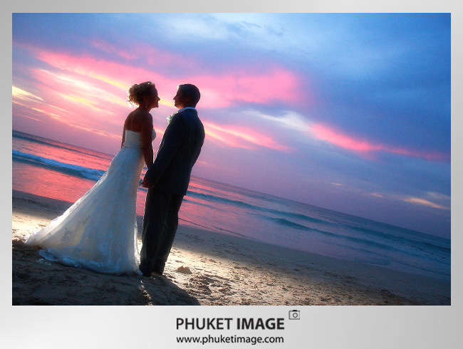 Phuket Wedding Photo 0017 On the beach wedding at Kata Thani Beach Resort Phuket