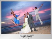 Phuket Wedding Photo 0018 220x165 On the beach wedding at Kata Thani Beach Resort Phuket