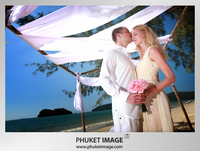 Krabi wedding photo 00251 Beach wedding in Krabi