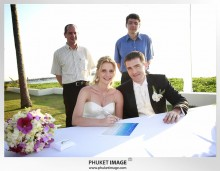 Phuket wedding photographer   on the beach 0015 220x171 Bianca & Frank : Phuket beach wedding photography