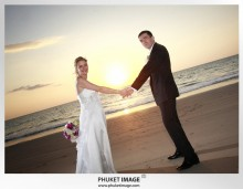 Phuket wedding photographer   on the beach 0019 220x171 Bianca & Frank : Phuket beach wedding photography