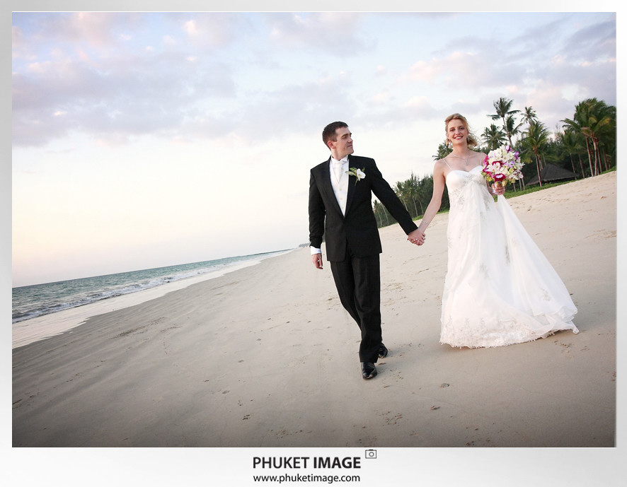 Phuket wedding photographer   on the beach 0024 Bianca & Frank : Phuket beach wedding photography