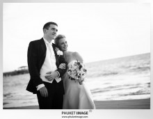 Phuket wedding photographer   on the beach 0026 220x171 Bianca & Frank : Phuket beach wedding photography