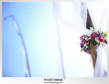 Phuket wedding photographer   on the beach 0031 220x171 Bianca & Frank : Phuket beach wedding photography
