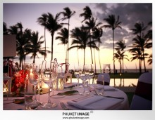 Phuket wedding photographer   on the beach 0032 220x171 Bianca & Frank : Phuket beach wedding photography