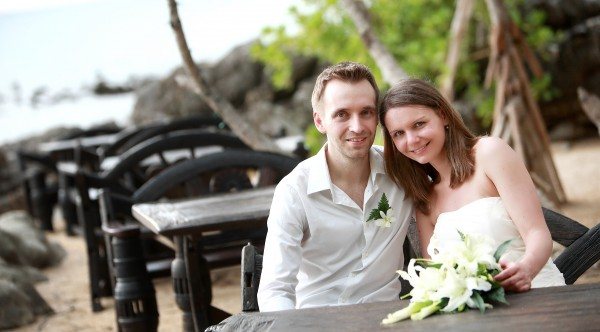 Koh Lanta beach wedding 004 600x332 Beach wedding in koh Lanta : Moonlight Resort