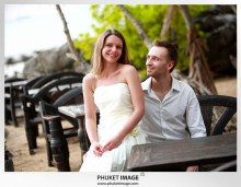 Lanta wedding photo   beach wedding 0012 220x171 Beach wedding in koh Lanta : Moonlight Resort