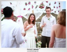 Lanta wedding photo   beach wedding 0022 220x171 Beach wedding in koh Lanta : Moonlight Resort