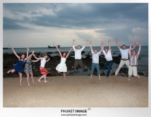 Lanta wedding photo   beach wedding 0038 220x171 Beach wedding in koh Lanta : Moonlight Resort
