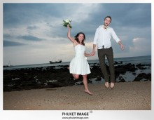Lanta wedding photo   beach wedding 0039 220x171 Beach wedding in koh Lanta : Moonlight Resort