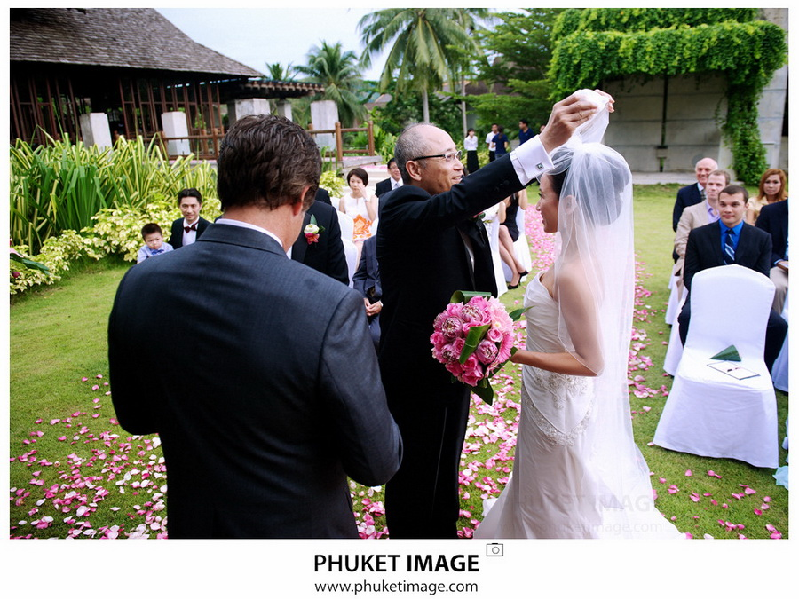 Phuket wedding photographer   Indigo Pearl 0016 Michelle and Ka wedding ceremony at Indigo Pearl,Phuket