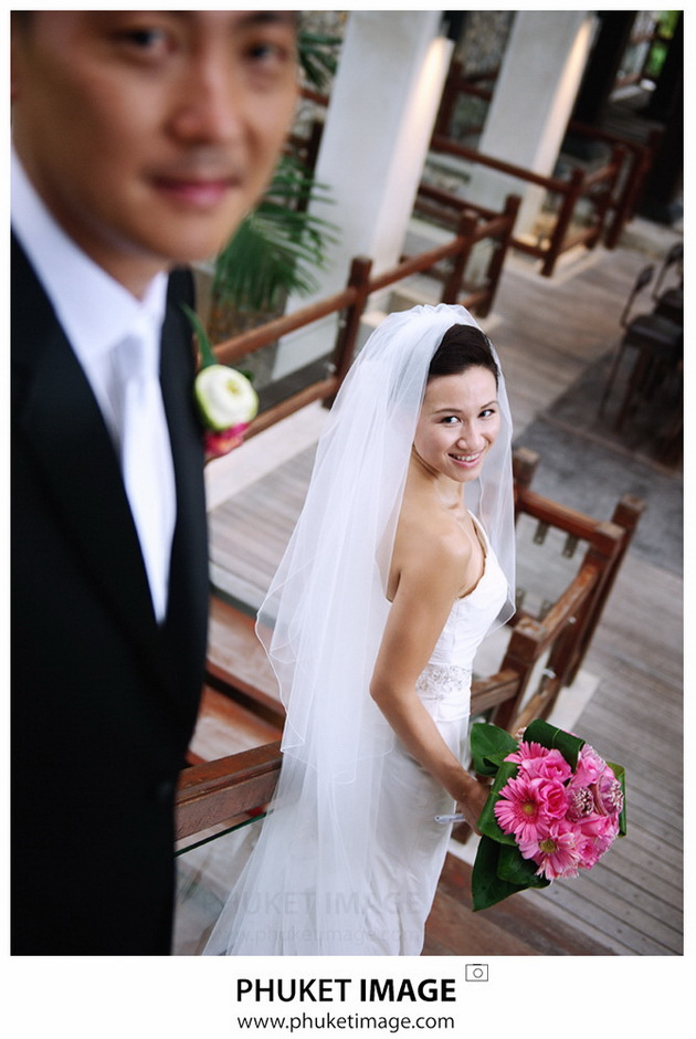 Professional wedding photographer in Phuket