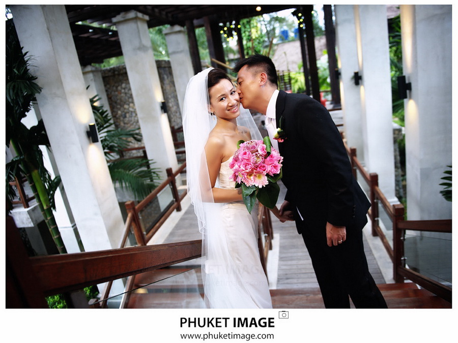 Professional wedding photographer in Thailand