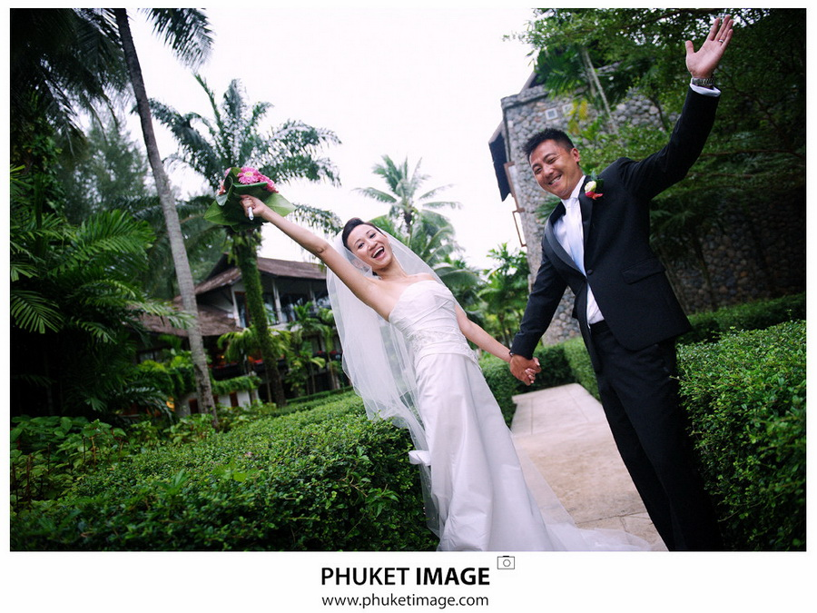 Photojournalistic wedding photography in Phuket