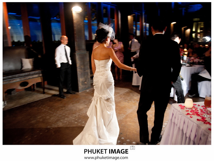 Professional Wedding photographer in Phi Phi Island , Professional wedding photographer in Lanta Island