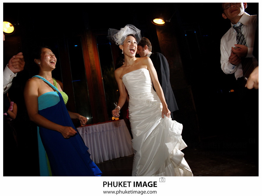 Professional wedding photographer in Ko Phi Phi , Professional wedding photographer in ko Lanta