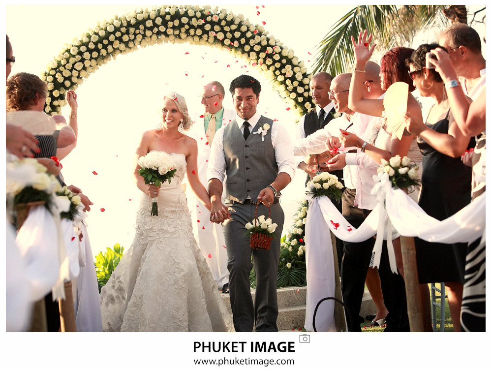 0030 Phuket Thailand Wedding Photographer Paraire  and Melissa : Wedding day at Katathani