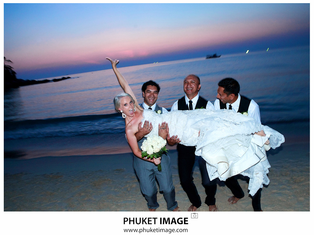 0044 Beach Wedding Photographer in Phuket Paraire  and Melissa : Wedding day at Katathani