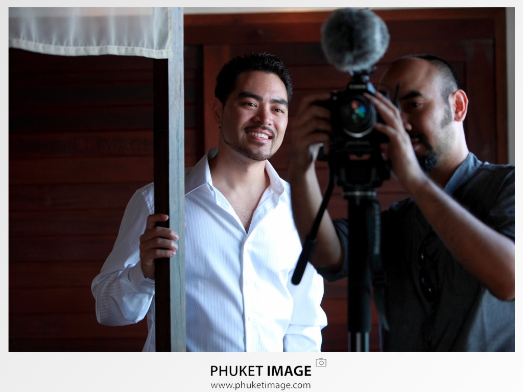 Krabi , Phuket , Koh Phi Phi , Koh Lanta photojournalist wedding photographer.