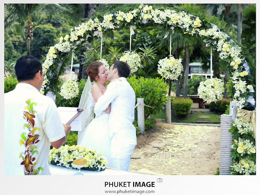 Krabi-cinematic-wedding-videography-013
