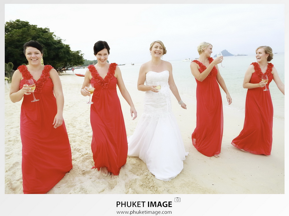 Professional wedding photographer based in Krabi