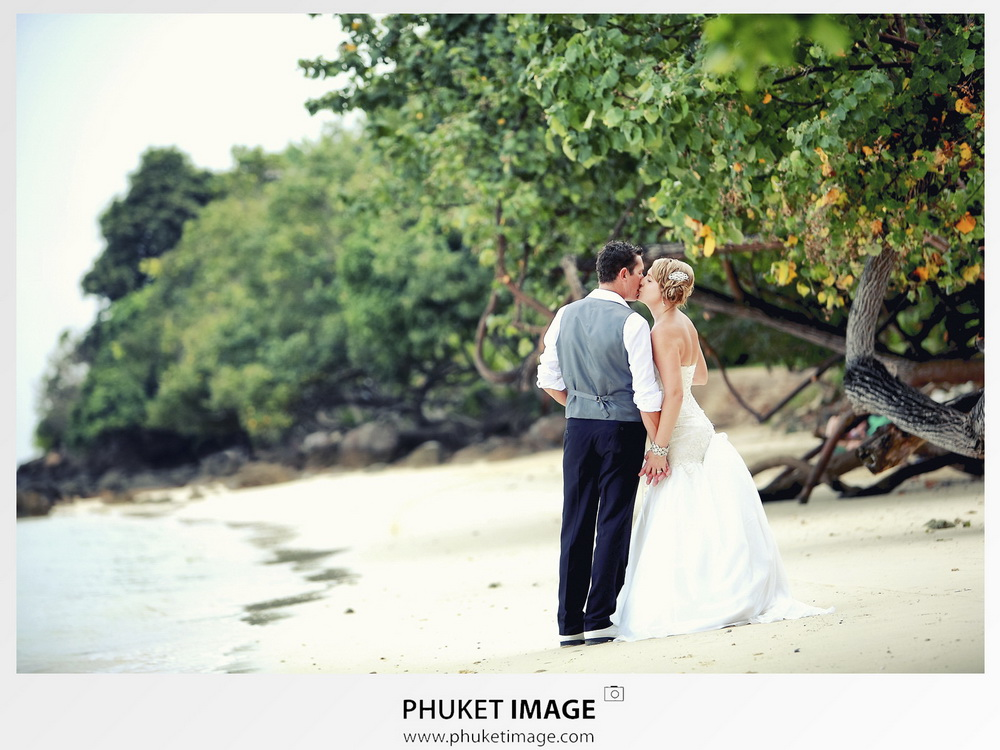 Top Thailand wedding photographer based in Phuket
