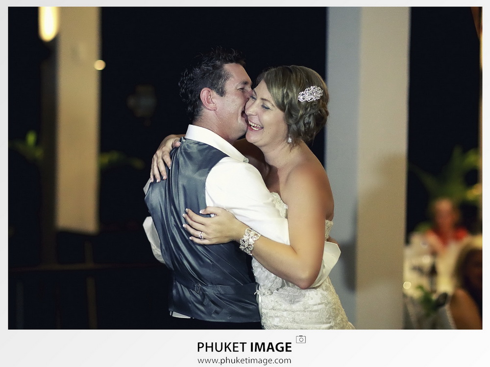 Professional honeymoon and wedding photographer in Phuket