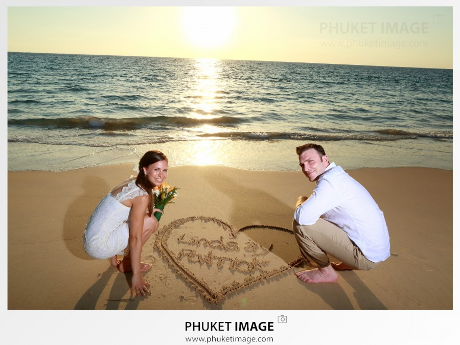We're destination wedding photographer and happy to fly to any destination wedding in France , French Riviera , Tahiti.
