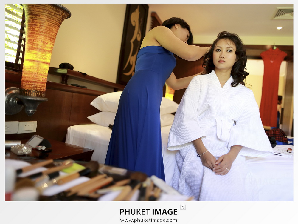 Phuket wedding photographer at Mövenpick Resort & Spa Karon Beach Phuket