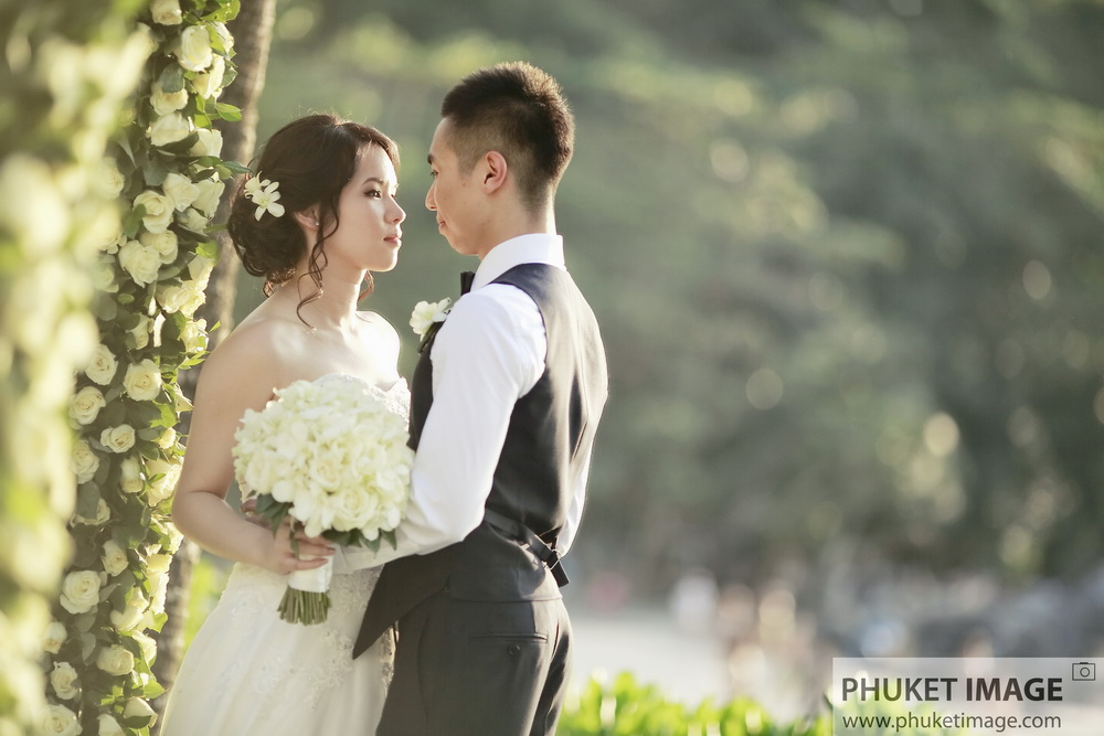 Wedding portrait and marriage proposal photographer based in Phuket