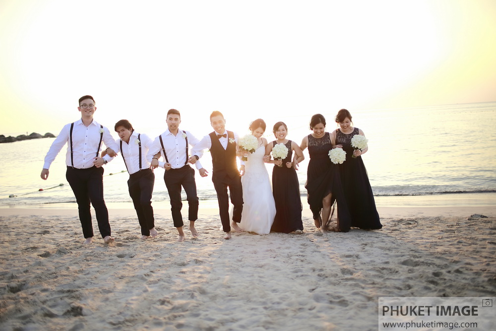 Your best wedding Phuket photographer at Sri Panwa
