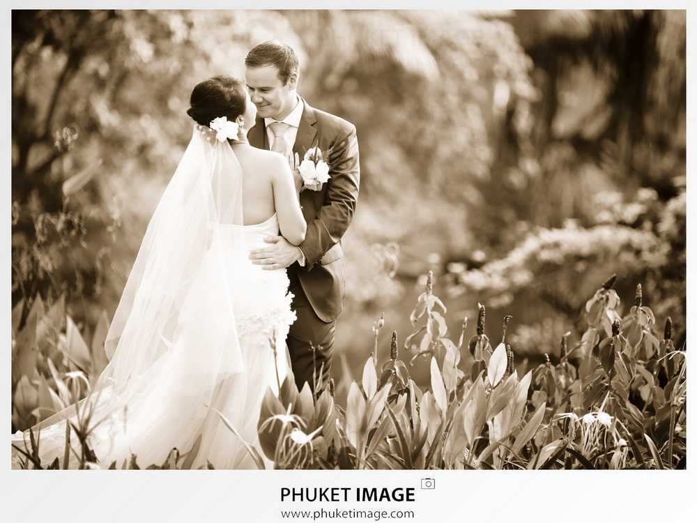 Phuket best photography for luxury wedding in Phuket and Koh Racha.