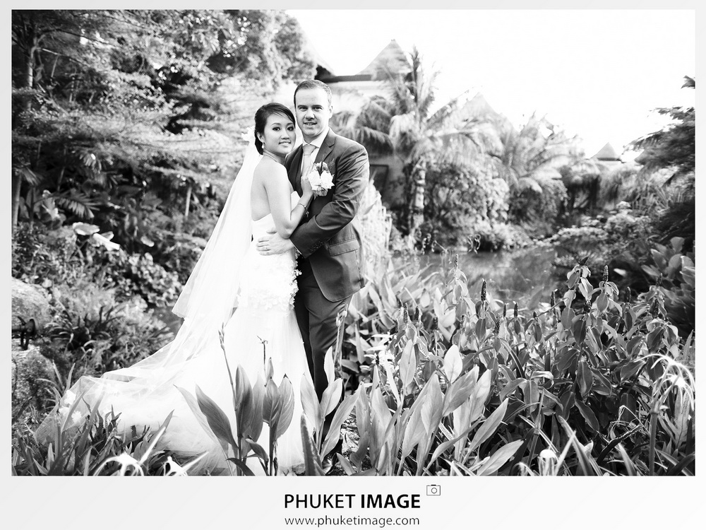 Wedding photography at venue of Mövenpick Resort & Spa Karon Beach.