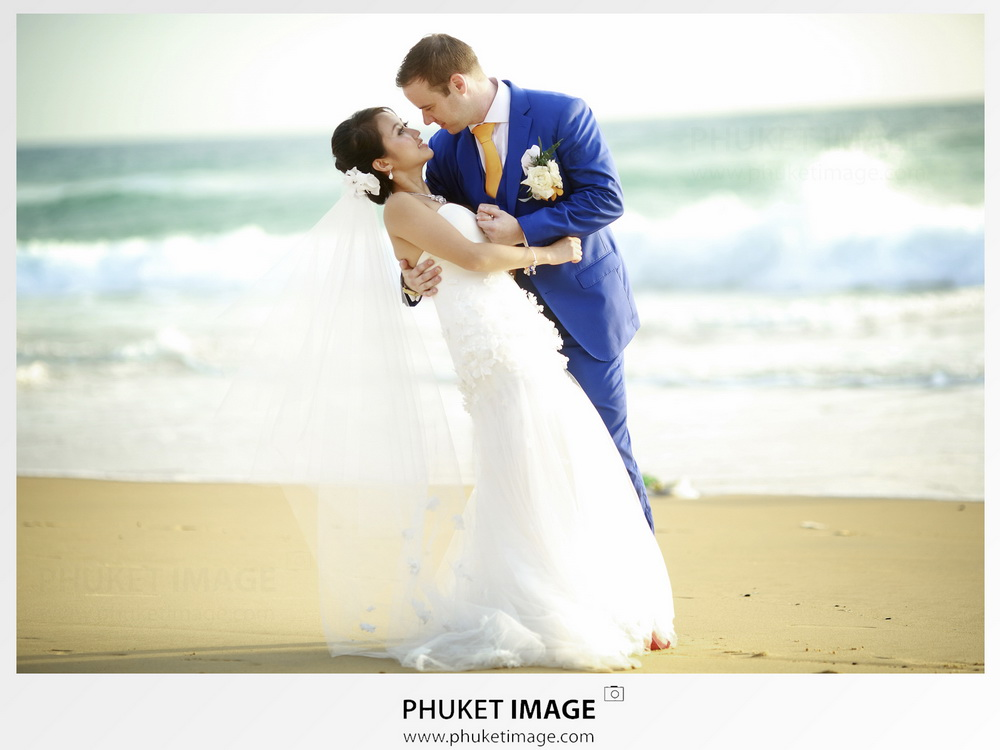 Mövenpick Resort & Spa Karon Beach Phuket wedding photographer.