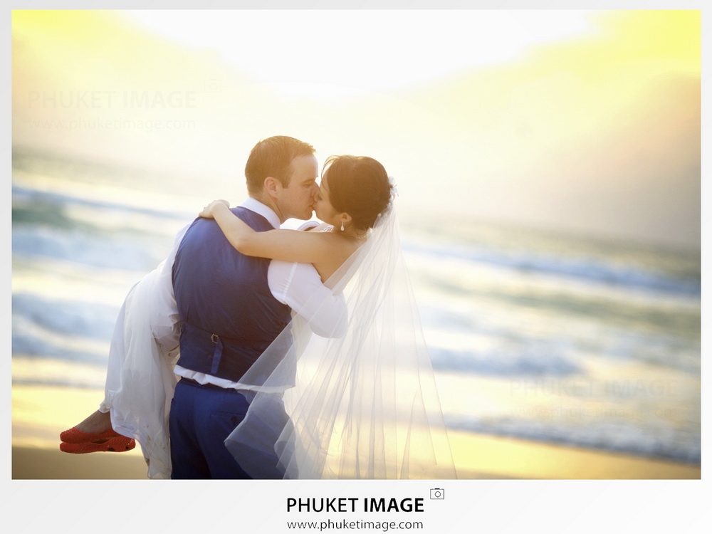 Vietnam and Phuket island documentary wedding cinematic videography and photography.