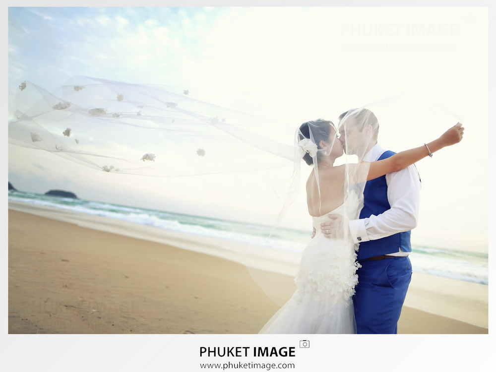 Lesbian and Gay wedding photographer based in Phuket.